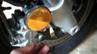 5. 2005 Suzuki M50 Boulevard - Remove the wheels - Part 2
