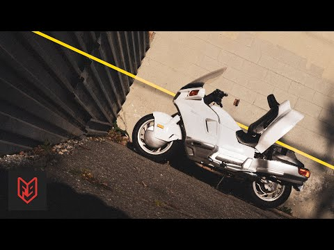 The Weird Motorcycle Designed like a Car