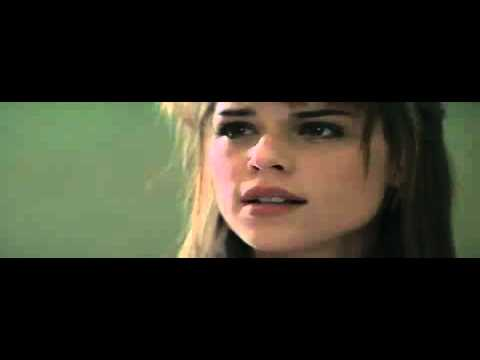 Scream (1996) - Bathroom scene - SCREAM 4 - In Theaters April 15, 2011.