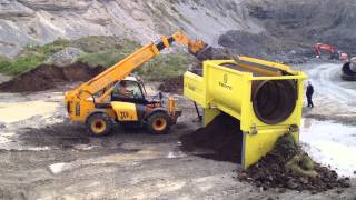 Video S5000 Trommel Screener Screening Top Soil (Machino) MP3, 3GP, MP4, WEBM, AVI, FLV Februari 2019