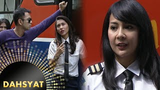Video Pilot Cantik Di Wawancara Host Dahsyat [Dahsyat] [5 April 2016] MP3, 3GP, MP4, WEBM, AVI, FLV Agustus 2018