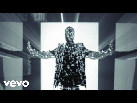 Supernova Feat. Kanye West