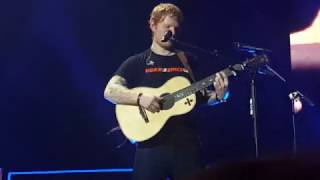 Ed Sheeran - How Would You Feel (Paean) (Live At Berlin 27/03/17)