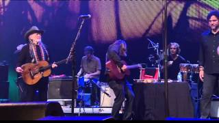 Willie Nelson&Lukas Nelson - Texas Flood (Live At Farm Aid 2013)