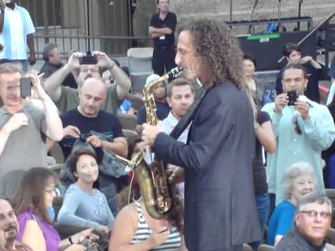Kenny G arriving in Mountain Winery, Saratoga, 8_2011
