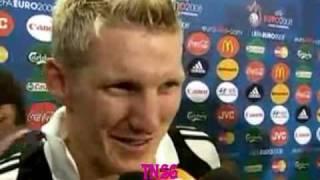 EM 2008: Spanisches Team unterbricht Schweinsteiger-Interview