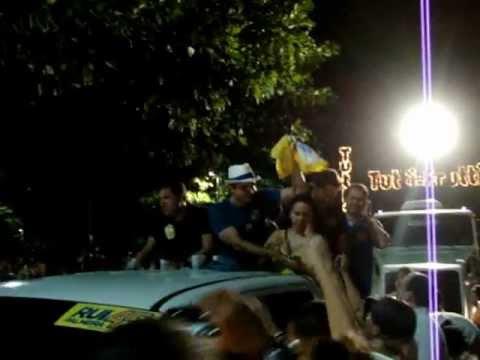 Festa de Rui Palmeira invade orla de Maceió