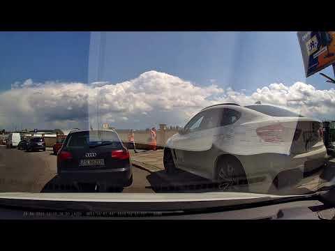 Polka nie mogła wyczekać 23 sekund aż kursantka nauki jazdy włączy się do ruchu..