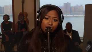 "V Sessions: Jazmine Sullivan Performs ""Stupid Girl"""