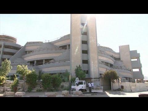 Un cimetière à la verticale en Israël