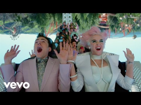 Katy Perry - Chained To The Rhythm (Official) ft. Skip Marley - Thời lượng: 4:01.