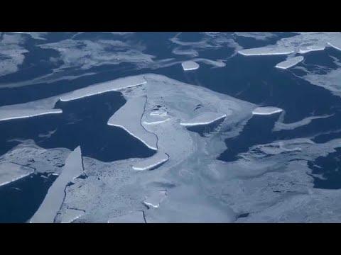 Πελώριο παγόβουνο απειλεί χωριό στη Γροιλανδία!