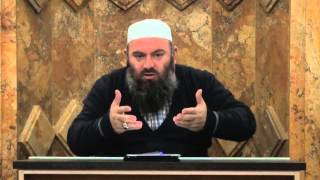 7. Muslimani Efektiv - Hoxhë Bekir Halimi