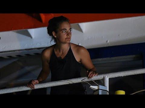 Κ. Ρακέτε: Η καπετάνισσα που «τα έβαλε» με τον Σαλβίνι
