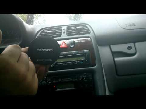 Dension Car Dock - uchwyt samochodowy z Bluetooth i transmiterem [prezentacja]