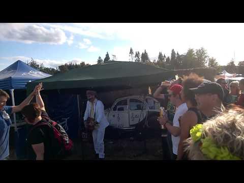 Davy Cowan Summertime 2cv Stage Belladrum 2014