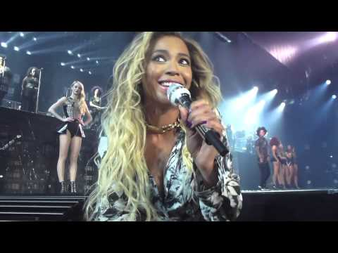 [WATCH] Beyonce Stops Her Show To Sing Happy Birthday To A Fan