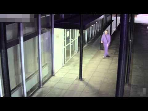 Policja ujawnia nagranie monitoringu, na którym widać najprawdopodobniej nożownika z Gagarina