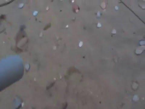 metal detector in spiaggia e al minuto 4:54 arriva la sorpresa!