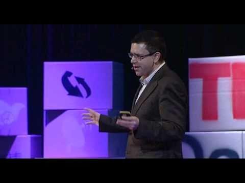 TEDxDanubia 2011 - Kiss László - Majdnem semmi