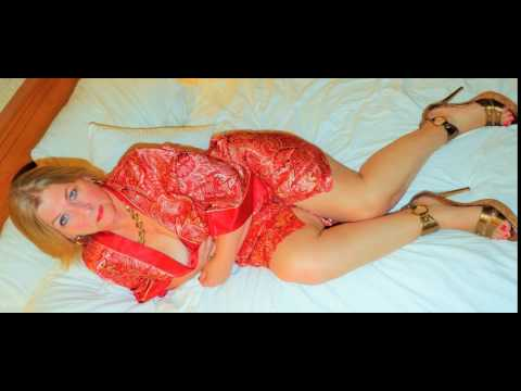 Stunning 65 Year Old, Beautiful Mature Natural Blonde, Blue Eyes, Sexy Over 60, Sexy Sandals