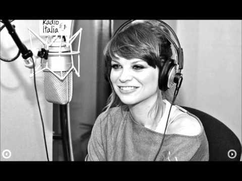 , title : 'Alessandra Amoroso - Intervista a Radio 101 (03.06.2012)'
