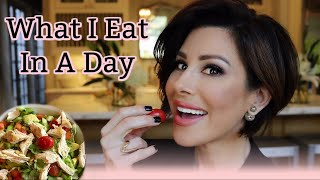 Video What I Eat In A Day | Dominique Sachse MP3, 3GP, MP4, WEBM, AVI, FLV Agustus 2019