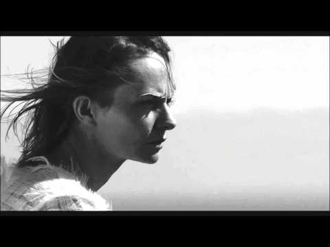 Tekst piosenki Kasia Stankiewicz - Up po polsku