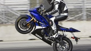 6. 2008 Yamaha YZF-R6 First Ride - MotoUSA