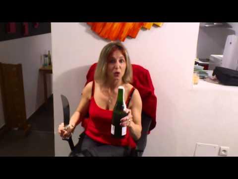 Journée de la femme:  Champagne !!! Ca se sabre.!