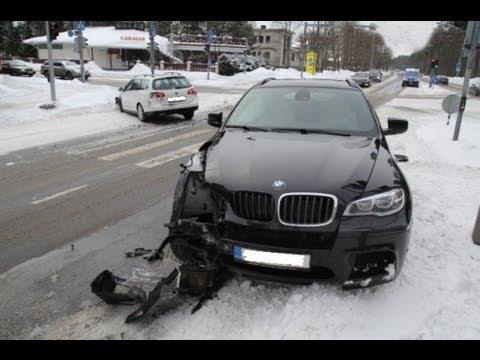 bmw - Rate, Share and Subscribe ! Like us on Facebook: http://www.facebook.com/topcrashes Car Crash Community: http://gplus.to/carcrashes Follow on Twitter: https:...