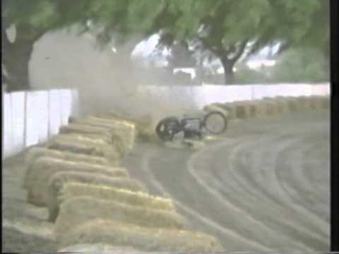 oval moto race