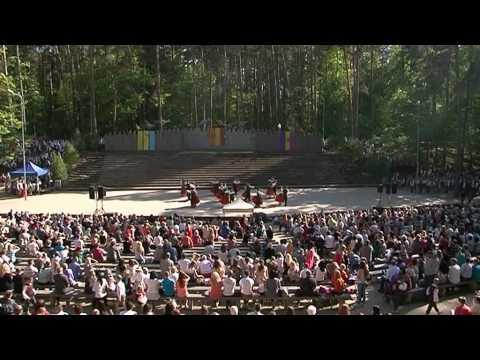 """Deju lielkoncerts Valmierā """"Krāsojam pasauli!"""""""