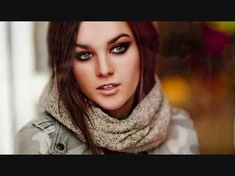 Ewa Farna - Náhle lyrics