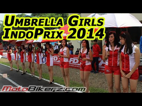 Umbrella girls - http://motobikerz.com/archives/3758.