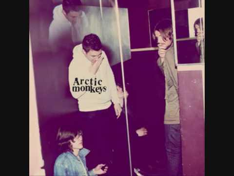 Arctic Monkeys - Potion Approaching lyrics