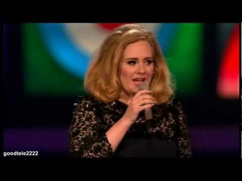 Adele interrompida no discurso – Brit Awards 2012