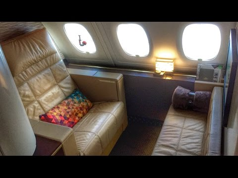 Etihad First Class Apartment A380 Full Review! AUH-LHR (видео)