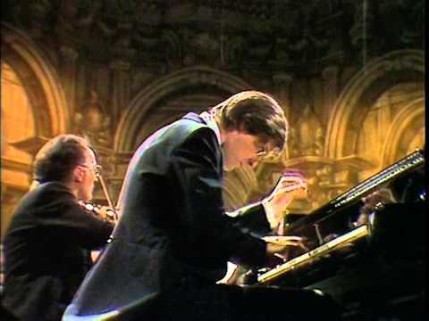Mozart - Concerto pour piano no.8 K.246 (Zacharias)