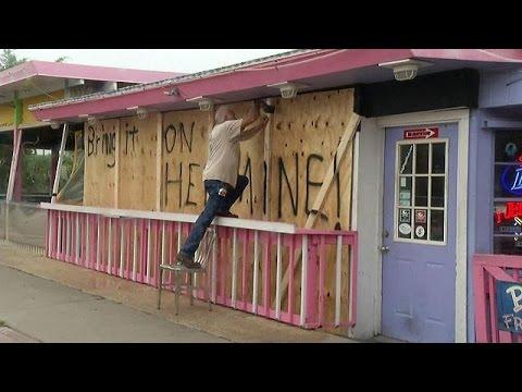 Η Φλόριντα ετοιμάζεται για τον τυφώνα «Ερμίν»