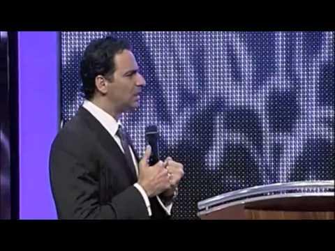 Como fuego - Pastor Aquiles Azar (Congreso Ensancha 2010)