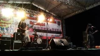 Relief on Stage #39 - Muka Dua (cover Prisa)