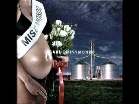 , title : 'Ligabue - E (Miss mondo)'