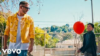 Video DJ Snake, Lauv - A Different Way MP3, 3GP, MP4, WEBM, AVI, FLV Mei 2018
