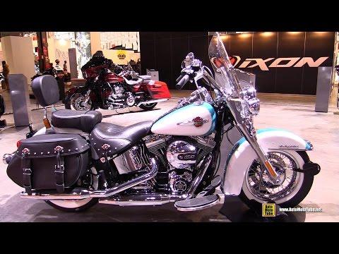 2017 Harley Davidson Heritage Softail Classic - Walkaround - 2016 EICMA Milan