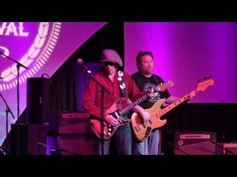 Scuttle Buttin' - Tommy Katona & Texas Flood - LIVE! - at The 2016 Dallas International Guitar Show 4-30-16