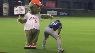 MLB Funny Mascot Moments