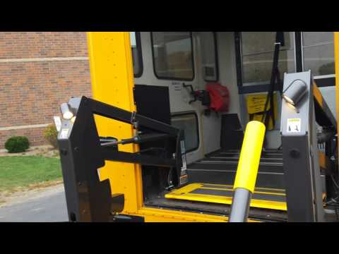 2012 IC CE #507 MAXXFORCE 7 Start Up, Lamp Test, Wheelchair Lift, and Dashboard