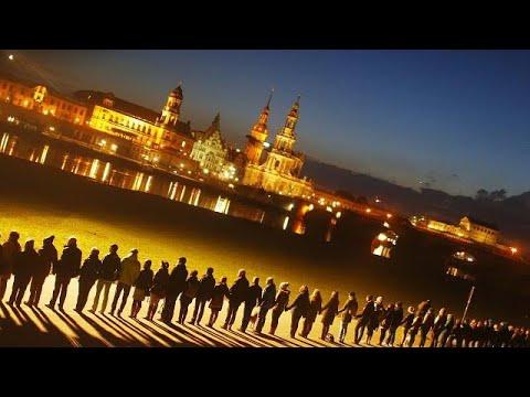 Dresdner erinnern an die Kriegszerstörung am 13. Februa ...