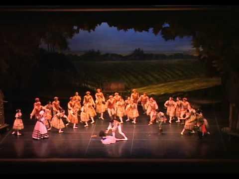 ユニバーサルバレエ『ジゼル』